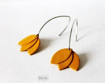 Earrings red petals leather ° °