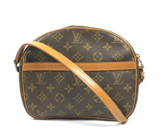 Authentic Louis Vuitton bag. Louis Vuitton Senlis bag. Louis Vuitton Monogram bag. Louis Vuitton vintage bag.