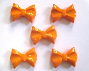 bow ties 5 beads orange acrylic 19x26x7mm