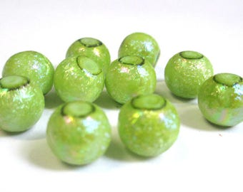 10 green beads, shiny glass 10mm (O-20)
