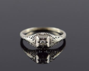 10k 0.05 CT Round Diamond Filigree Vintage Engagement Ring Gold