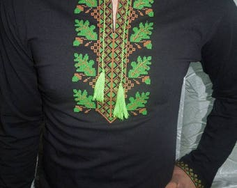 Ukrainian Embroidered T-shirt(vishivanka) with long sleeve and  green ornament