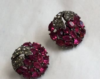 Really stunning signed Trifari earrings - rare