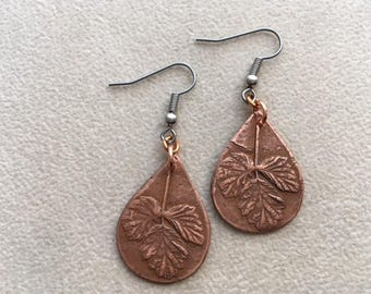 "Copper dangle earrings ""wild strawberry leaves""."