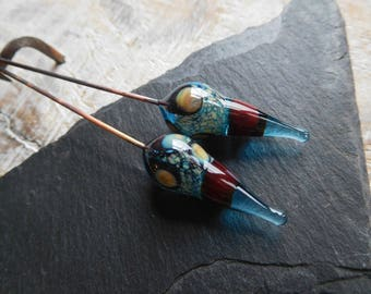 Tribal spikes, lampwork headpins, ethnic style, turquoise and dark red, handmade.