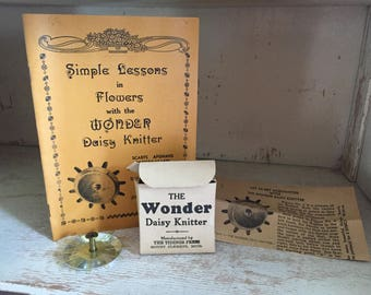 Wonder Daisy Knitter with Box & Booklets