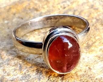 A beautiful pink tourmaline stone ring sterling silver 925.