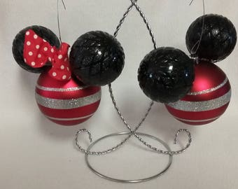 Valentine Mickey and Minnie Mouse Ornament in Red Table Decoration