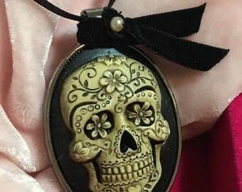 Sugar Skull Large Gothic Cameo Pendant