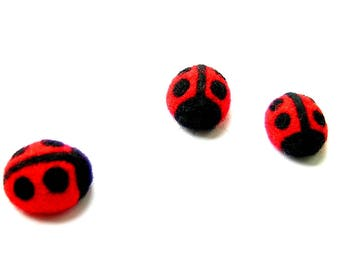 Decorative ladybirds in wool with needle felting. Lot of three