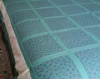 Wonderful green lattice QUEEN SIZE QUILT