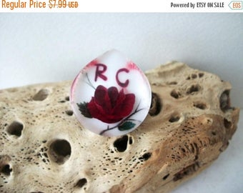 ON SALE Vintage Thick 3D Effect Rc Rose Plastic Pin 62317