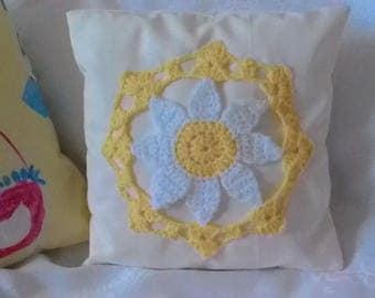 Lemon and white daisy crochet cushion