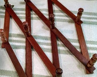 Accordion Style Wooden Peg Coat Rack