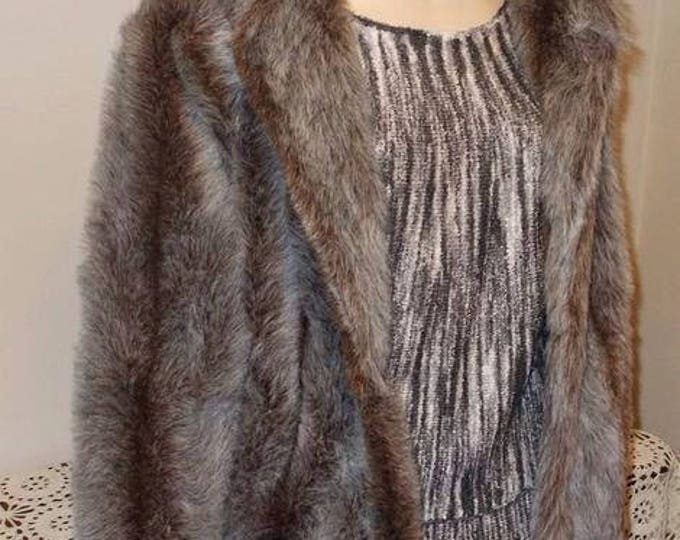 Vintage 80s Silver Gray Candace Originals Plush Faux Fur Winter Womens Long Sleeve Short Coat Jacket