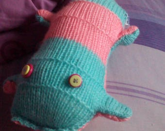 Pink & Blue Body with Green/Purple Eyes Scuttlecat