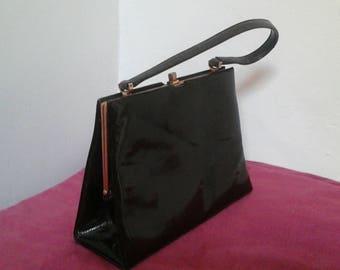 1950 french vintage Brown patent leather handbag