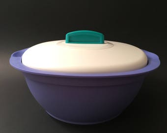 Tupperware Bowl with Lid