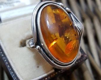 Vintage 925 sterling silver ring, genuine amber, foliage art nouveau, size l1/2