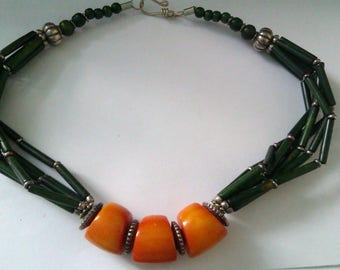 green dyed bone or coral and butterscotch Bakelite bead necklace
