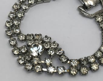 Vintage  Rhinestones  Bracelet . Costume  Jewelry