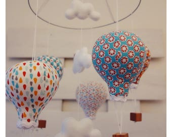 Hot air balloons baby mobile