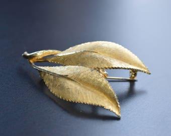 Vintage B.S.K. Leaf Brooch, Gold Tone Pin