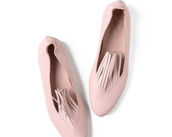 Fringe shoes, Pink flats, Pink leather shoes, Fringe, Leather shoes, Handmade shoes, Flat shoes, Ballet flats, Pink shoes