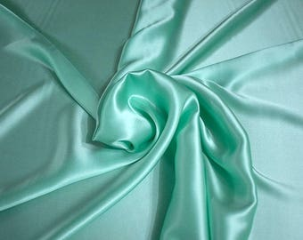 1712-084 - Crepe Satin silk 100%, width 135/140 cm, made in Italy, dry cleaning, weight 100 gr