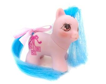 G1 My Little Pony Little Giggles Baby Teeny Tiny Itsy Bitsy 1989 My Little Pony Hasbro Babies Ponies 1980s 80s Toys Blocks Blue Bow Ribbon