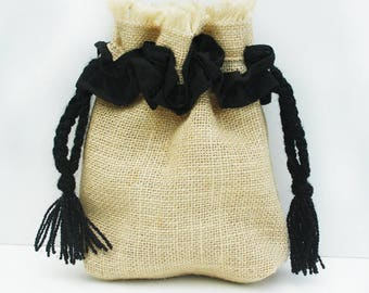 Jute cosmetic pouch with waterproof lining