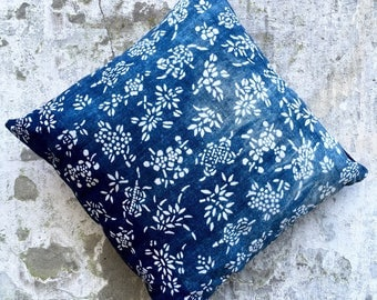 flower all over pillow square