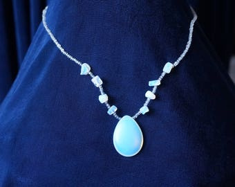 Beautiful  glowing blue-flash Moonstones Necklace with Pendant
