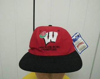 Rare Vintage WISCONSIN BADGER Deadstock 94' Rose Bowl Champions Big Logo Embroidered Spell Out Cap Hat Free size fit all