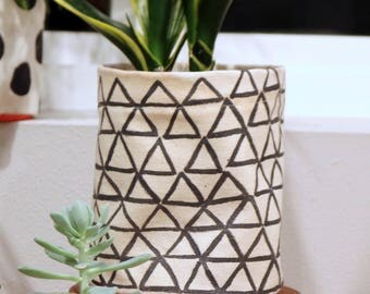 Hand painted flower pot cover - connected triangles