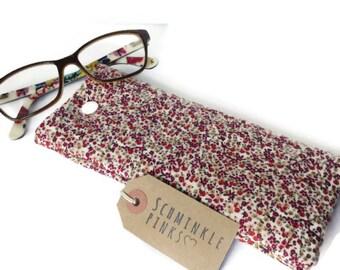 Pretty Floral Glasses Case, sunglasses pouch, eyeglasses case, reading glasses case, padded glasses case