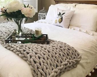 Chunky Knit Vegan Blanket, Super Chunky Chenille yarn, Arm Knit Blanket, Giant knit, Giant knit throw,