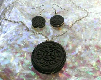 Realistic Life Size Oreo Necklace, Earrings and Necklace Set.
