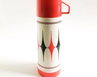 Vintage thermos, Red Aladdin thermos, vintage red and black Thermos, Made in Canada