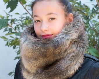 Fur scarf / Fur scarf knitted lining / Faux fur cowl scarf/ Reversible faux fur cowl / Cowl scarf / Infinity cowl / Womens fur cowl scarf