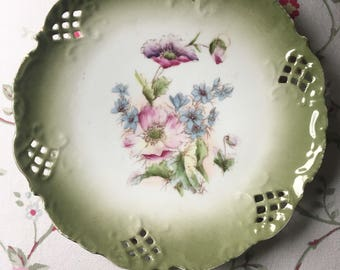 Stunning Vintage green ombre reticulated  plate with Hand painted delicate flowers