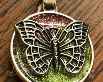 """Silver Pendant - 1"""" Round Bezel - Resin Coated - Glittered Background - Butterfly (SC-003)"""