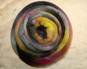 Hand-dyed Merino Wool 'Agate' - combed tops