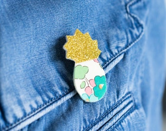 Glitter pineapple brooch Golden and Liberty