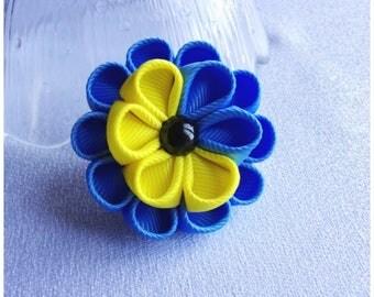 Gros grain Flower Hairclip/Hairclip with Kanzashi Flower/Floral Hair accessory