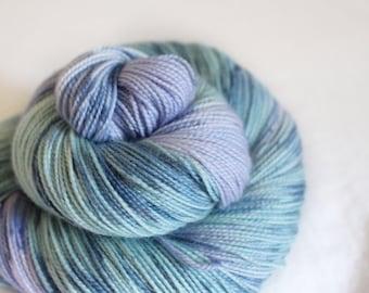 Banshee - Gosling - 80/10/10 superwash merino/ cashmere/ nylon sock yarn
