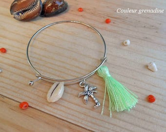 Beach shell and tassel, gift idea charm Bangle Bracelet mother of grand mothers, Easter