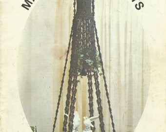 vintage Vintage Macrame Book 1977 - MACRAME PORTRAITS - Book 4 by Vickie Knots &Projects all pages intact - good condition (ref # bx4 eb/ets