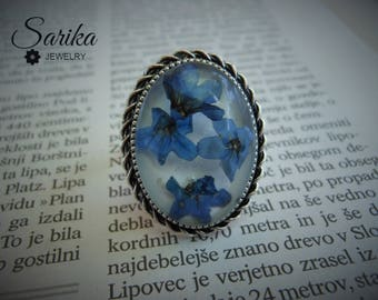 Real flower resin blue ring - Vintage silver color ring with pressed flower in clear resin cabochon, adjustable ring