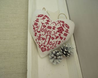 Christmas heart cross-stitch embroidered in red on white canvas Merry Christmas decoration Christmas gift favor